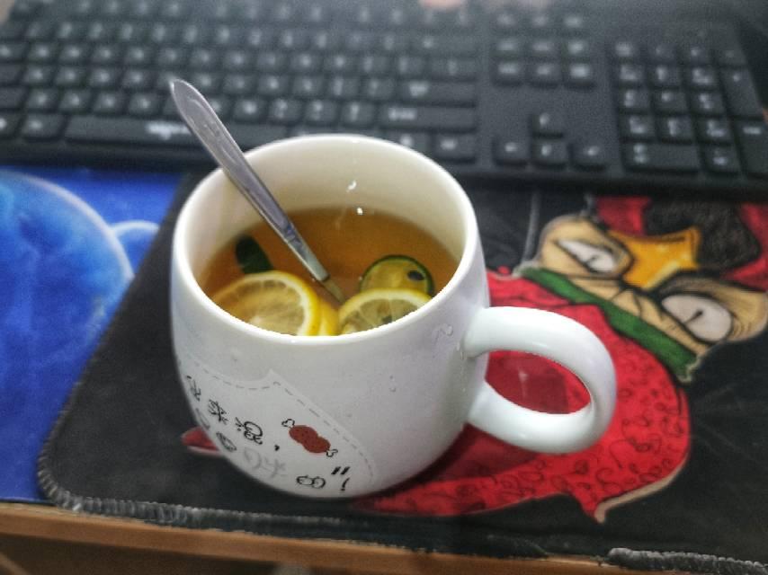 小树做的水果茶,好喝!